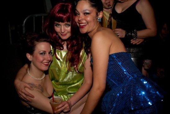 Natalie, Kitty Twist & Nona Narcisse (c) Jian Bastille