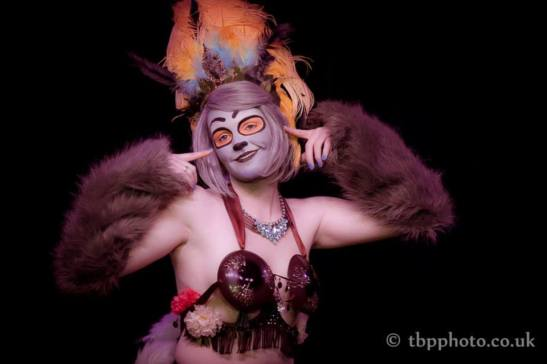 Teezy Overeazy at Bristol Burlesque Festival (c) TBP Photography