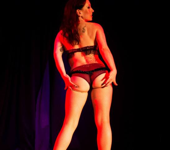 Oh! Carolina at Bristol Burlesque Festival (c) Michael Goes Click